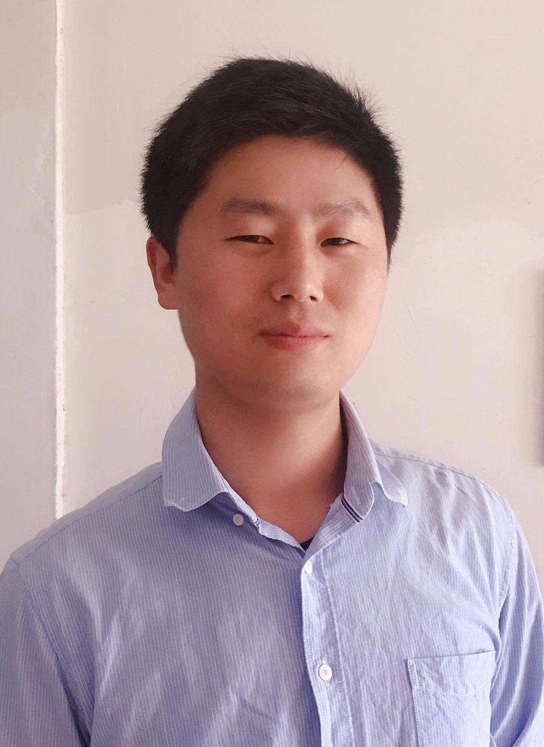 祝志茂 09级国际贸易实务专业 昆山有吖货运代理有限公司 法人代表.jpg